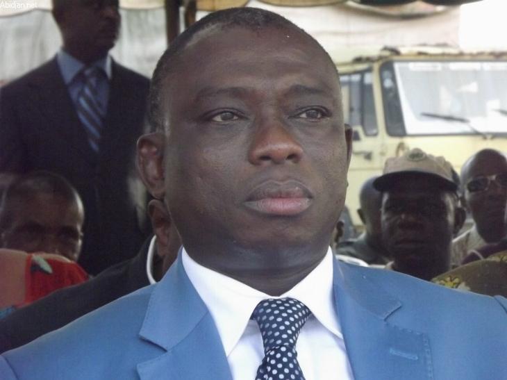 ... Yamoussoukro un plan pour la paix en Côte d'Ivoire - Réseau Carnet