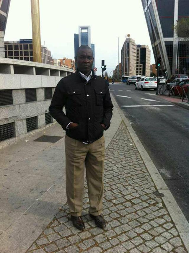 Adjudant-chef de l'Armée de l'Air Wandji Jean Jules, chef du bureau administratif et financier à la mission militaire auprès de l'ambassade du Cameroun à Paris