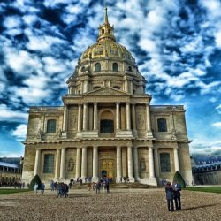 France – Cathédrale Saint-Louis des Invalides : Une profanation inacceptable