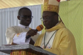 Hosanna 2019 des Renouveaux Charismatiques Catholiques : Mgr Boniface Ziri exhorte les hommes politiques à la réconciliation